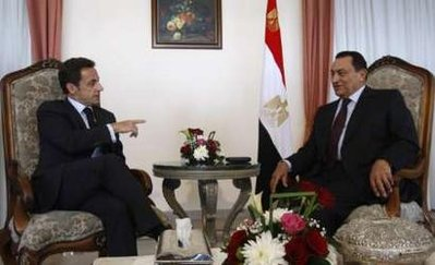 Egyptian President Hosni Mubarak and French President Nicolas Sarkozy are pushing hard for an immediate ceasefire before Hamas is crushed
