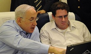 Ron Dermer (right) is Prime Minister Netanyahu's most trusted foreign policy advisor. Now he is heading to Washington at a critical moment.